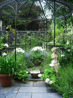 Motif Garden Design offers an exemplary service in Edinburgh merging design & nature to create beautiful, functional gardens. Edinburgh Scotland, Design Projects, Garden Design, Landscape, Nature, Plants, Beautiful, Naturaleza, Plant