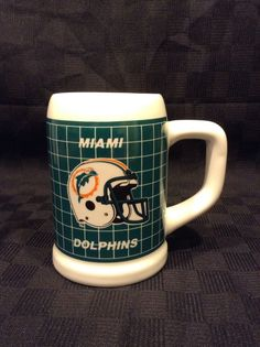 Papel NFL Licensed Miami Dolphin Football Ceramic Beer Mug Stein Coffee Cup