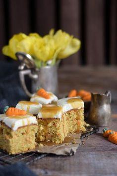 Carrot Cake mit Cream Cheese Frosting & Karamell – Der geht immer