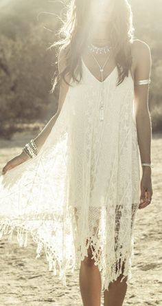 Crochet lace Boho chic bohemian boho style hippy hippie chic bohème vibe gypsy fashion indie folk dress