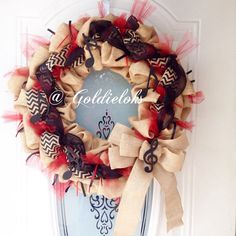 For the music lovers. A beautiful burlap musical note wreath, made to order in any color.