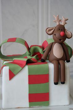 Such a cute Rudolf cake!