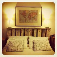 Rustikales DIY Bett: Kopfteil Selbst Bauen Aus Paletten   Wohnideen    Pinterest   Diy Bett, Kopfteile Und Selbst Bauen