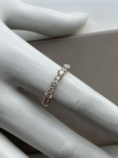 Jonc semi-éternité en or jaune Bangles, Bracelets, Eternity Bands, Wedding Rings, Engagement Rings, Jewelry, Bangle Bracelet, Wedding Ring, Enagement Rings