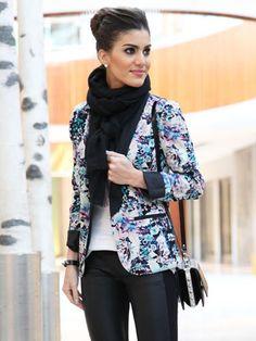 Sonbaharda Giyilebilecek Ceketler  #ceket #sokak modası #sonbaharhttp://mmoda.net/sonbaharda-giyilebilecek-ceketler/