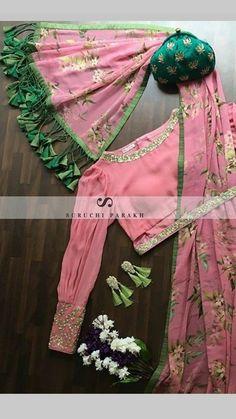 saree lovers – bestlooks Visit the post for more. Choli Blouse Design, Saree Blouse Neck Designs, Saree Blouse Patterns, Fancy Blouse Designs, Designer Blouse Patterns, Bridal Blouse Designs, Designs For Dresses, Designer Saree Blouses, Lehenga Blouse