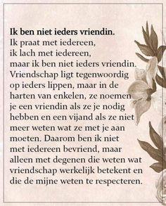 k ben niet ieders vriendin Dutch Words, Poem Quotes, Super Quotes, Friendship Quotes, Poetry, Funny, Mindset, Boyfriend, Writing