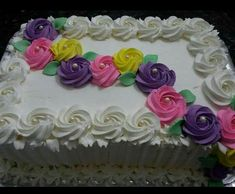 Sheet Cake with Roses Easy Cake Decorating, Cake Decorating Techniques, Cake Decorating Tutorials, Buttercream Cake, Fondant Cakes, Cupcake Cakes, Pretty Cakes, Beautiful Cakes, Pastel Rectangular