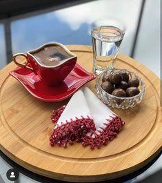 Good Morning Coffee, Coffee Break, Decor Interior Design, Interior Decorating, Coffee Around The World, Tea And Books, Good Morning Greetings, Turkish Coffee, Coffee Cafe