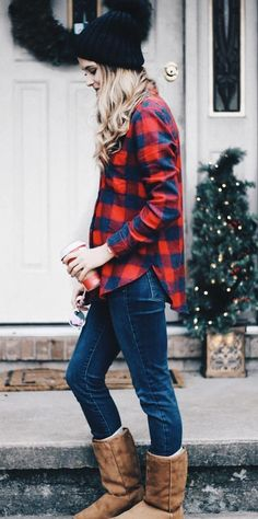 #winter #outfits red and blue long-sleeved stop #casualwinteroutfit