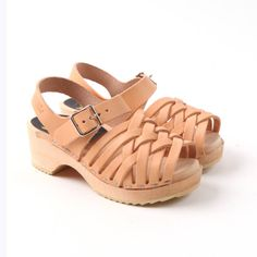 Little Fashion Gallery loves SWEDISH HASBEENS Enfant Braided Sandals
