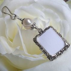 Wedding bouquet photo charm with Freshwater pearl.