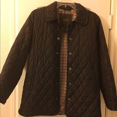 Coach quilted jacket in brown Super cute and comfy Coach quilted jacket. It is in perfect condition! It is an XSmall, but fits like a Small. Feel free to make a reasonable offer. **Also have it in black with silver interior if interested!** Coach Jackets & Coats Puffers