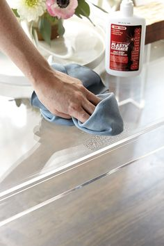 How to Clean Acrylic Furniture & Accessories