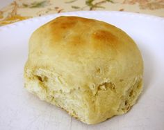 Weeknight Dinner Rolls ~ Quick!    1 cup plus 2 Tbsp warm water  1/3 cup oil  2 Tbsp yeast  1/4 cup sugar  1/2 tsp salt  1 egg  3 1/2 cups bread flour (can use all-purpose)  400 degrees, 12-15 min.