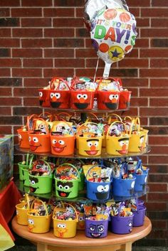 Sesame Street Candy buckets -- great, adorable idea for a Sesame Street birthday party.