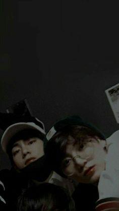Taehyung and Jungkook 💕 Taekook, Bts Jungkook, Namjoon, Foto Bts, Kpop, Bts Wallpapers, Die Beatles, Vkook Memes, Bts Aesthetic Pictures