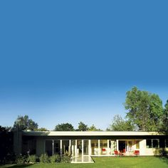 Rachel Griffiths mid-century modern house, click thru to see the rest it's awesome