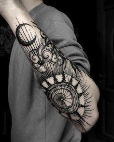 Amazing moon tattoo men - Sorprendente tatuaje en brazo #men #tatuaje #luna