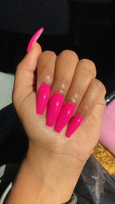 New nails long coffin design pink 54 Ideas Hot Pink Nails, Pink Acrylic Nails, Love Nails, Barbie Pink Nails, Bright Pink Nails, Yellow Nail, Pink Acrylics, Aycrlic Nails, Fun Nails
