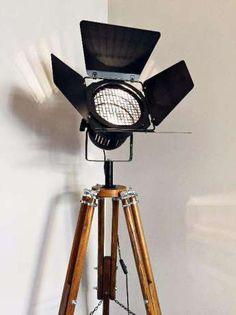 Lampa stojąca podłogowa statyw reflektor LOFT VINTAGE DESIGN WINGS Wrocław - image 1