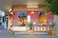 Original Cafeteria & Sorveteria - Lojas para Shopping | Studio Dias Cafe Design, Store Design, Cafeteria Design, Life Space, Store Layout, Love Home, Cafe Interior, Cafe Restaurant, Retail Design
