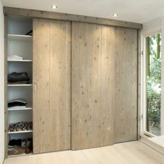Customized wardrobe with sliding doors