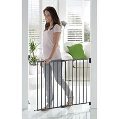 """Fits openings 25.5""""- 40"""" wide, 30.5"""" tal"""