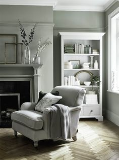 6 Green Living Room Designs That Are Going To Blow Your Mind - Find out why modern living room design is the way to go!Cosy living room designs as seen from abov - Design Living Room, Living Room Green, Home Living Room, Living Room Decor Green, Cosy Grey Living Room, Dado Rail Living Room, Neutral Living Rooms, Grey Home Decor, Cottage Living