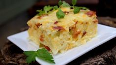 Find easy breakfast casserole recipes you can whip up for overnight guests or make ahead in your crock pot. Pick from popular recipes like hash brown casserole and sausage breakfast casserole. Easter Recipes, Brunch Recipes, Breakfast Recipes, Easter Ideas, Bacon Breakfast, Breakfast Buffet, Health Breakfast, Holiday Recipes, Healthy Recipes