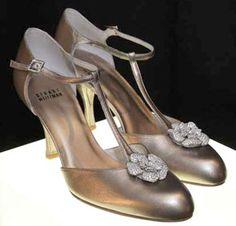 """most expensive shoes Stuart Weitzman shoes retro """"Diamond Dream"""" stilettos carats of diamonds Stilettos, Pumps, Stuart Weitzman, Most Beautiful Models, Beautiful Shoes, Beautiful Things, Crazy Shoes, Me Too Shoes, Most Expensive Shoes"""