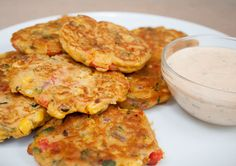 Vegetable Fritters (vegan, gluten free) - These vegan fritters make a great appetizer or meal. If you have vegetables to use up, these are a great way to use them up. Vegan Foods, Vegan Snacks, Vegan Dinners, Healthy Snacks, Veggie Dishes, Vegetable Recipes, Vegetarian Recipes, Healthy Recipes, Protein Recipes