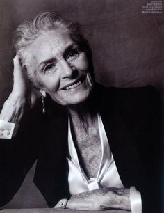 Daphne Selfe I would love to meet this lady! Truly beautiful! No surgery or Botox! Still a high-paid super model at 85!