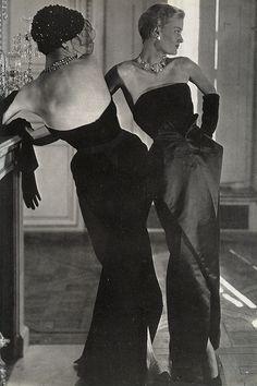Dior's scissor skirt line, VOGUE, october 1949.