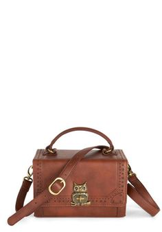On the Flight Side Bag, ModCloth - attach handlebar stem attachment from Basil to convert to a handlebar pannier. Owl Purse, Steampunk, Bag Pins, Lolita, Side Bags, Vintage Bags, Retro Vintage, Small Bags, Fashion Handbags