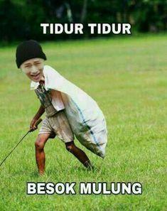 Read Kumpulan meme BTS from the story Kumpulan Meme BTS by (Bayu Agustian) with reads. Bts Meme Faces, Memes Funny Faces, Funny Kpop Memes, Cute Memes, Dankest Memes, K Meme, Cartoon Jokes, Story Instagram, Jokes Quotes