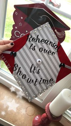 #graduation #graduationcap #theatre #drama #gradcapideas #theatrecap Graduation Cap Designs, Graduation Cap Decoration, Graduation Party Decor, High School Graduation, Graduate School, Graduation Ideas, Graduation Outfits, Grad Parties, Grad Cap