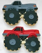 Monster Truck Cookie Cutter Please feel free to email any questions you might have. Monster Jam Cake, Monster Truck Cookies, Car Cookies, Monster Truck Birthday, Boy Birthday, Monster Trucks, Cookie Monster, Birthday Ideas, Royal Icing Decorations