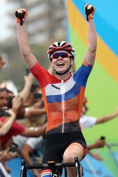 Anna van der Breggen wins Women's Road Race Rio Olympic Games 2016 Getty Images