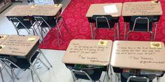 Zalige leerkracht verrast studenten met inspirerende boodschap op de dag van hun examen