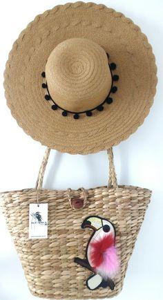 7b6dec2241f23 Chapéu+bolsa de palha veja mais em  www.kuarabrasil.com.br. Moda Praia com  um toque artesanal.