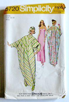 Vintage 70s  Simplicity 5720  Boho Caftan Pattern  by SelvedgeShop