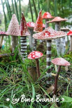 pottery *toadstools* for the garden <3