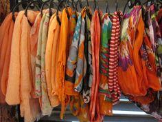 Oranje shawls | VIA CANNELLA WOONWINKEL CUIJK | www.viacannella.nl