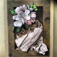kağıt rölyef resimleri: Yandex.Görsel'de 26 bin görsel bulundu French Crafts, 3d Paper Art, Craft Accessories, Paper Folding, Rice Paper, Stone Painting, Resin Art, Damask, Still Life