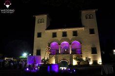 Up lighting - Villa Fontarronco We can make wedding lighting!  www.weddingmusicandlights.it We are based in Tuscany, Italy #stringlights #lightingdesign#lighting #music #tuscany #weddinginitaly #weddingintuscany #weddingtuscany #uplighting