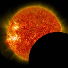 Watch NASA's video streams of the August 21, 2017 total solar eclipse, broadcast on NASA television and live from locations across the country.