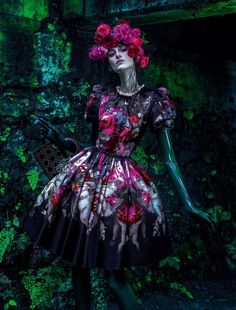 """Jardim de Inverno"" | Model: Daiane Conterato, Photographer: Zee Nunes, Vogue Brazil, April 2013"