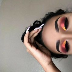 51 Best Eye Makeup Looks For Day And Evening - Hair and Beauty eye makeup Ideas To Try - Nail Art Design Ideas Makeup Eye Looks, Cute Makeup, Glam Makeup, Gorgeous Makeup, Pretty Makeup, Skin Makeup, Makeup Inspo, Eyeshadow Makeup, Makeup Inspiration