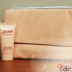 Jean Paul Gaultier Classique Body Lotion is rich, sophisticated, spicy and downright awesome! Added bonus it comes with a cute pouch to store your fave beauty products & its all part of the 1000th Fan Celebration Hamper.Enter here ~ beautybelle.co.za